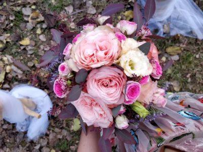 bouquet de fleur bordeaux